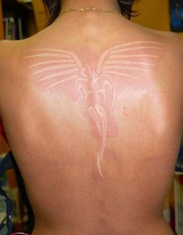 Biały Atrament Anioł Tatuaż Na Plecach Pomysły I Wzory