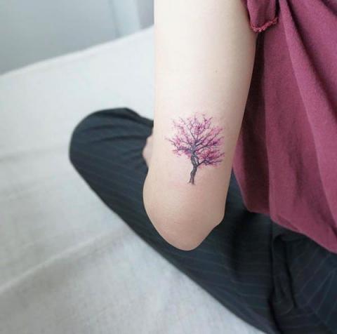 Tatuaże Drzewo Tree Tattoo Wzory Tatuaży Największa Galeria