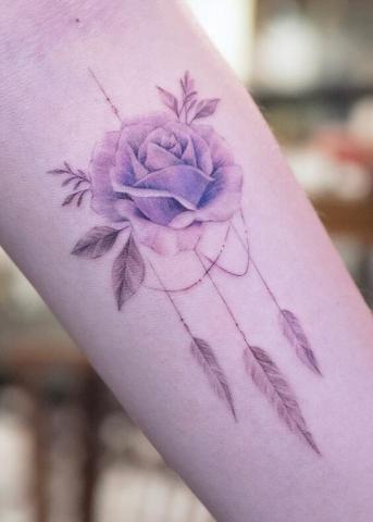 Łapacz snów kwiat tatuaż