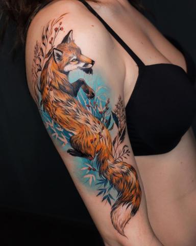 Lis tatuaż na ręce