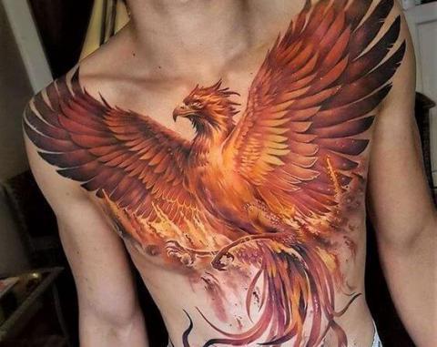 Orzeł na klatce piersiowej tatuaż