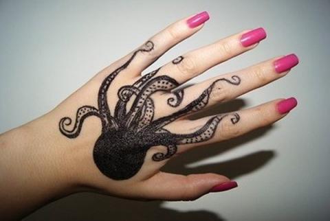 ośmiorniczka tatuaż