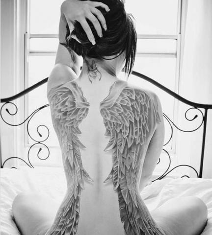 Tatuaże Skrzydła Wing Tattoo Wzory Tatuaży Największa