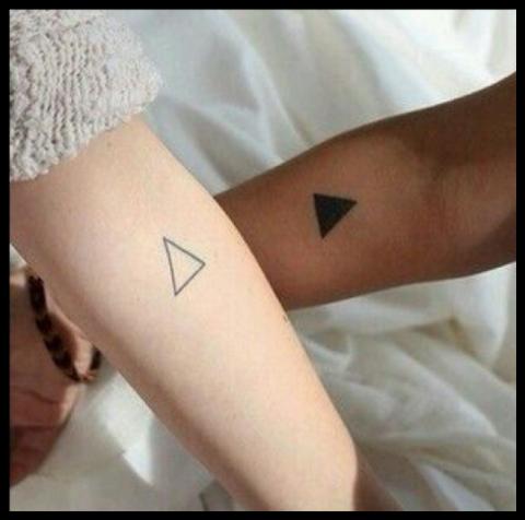 Tatuaż Dla Sióstr Pomysły I Wzory Tatuaży Dla Kobiet