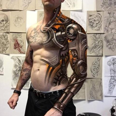Tatuaż męski biomechanika