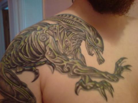 Tatuaż Obcy Pomysły I Wzory Tatuaży Dla Kobiet Mężczyzn