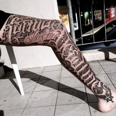 Tatuaż pończochy