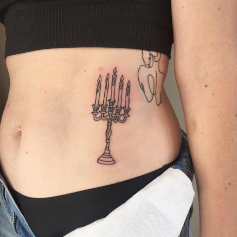 Tatuaż świecznik