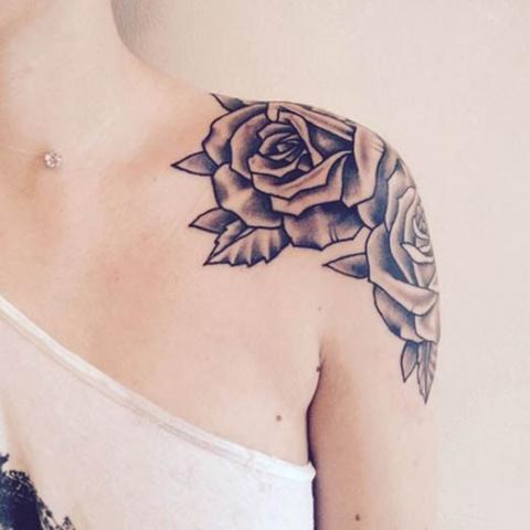 Tatuaże Kobiece Ramię Róża Pomysły I Wzory Tatuaży Dla