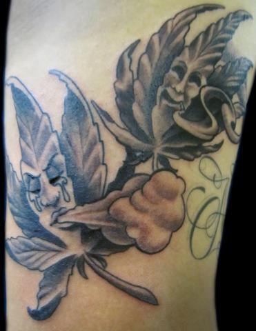 Tatuaże Liście Marihuany Pomysły I Wzory Tatuaży Dla