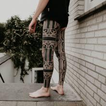 Tatuaż pełny na nogach