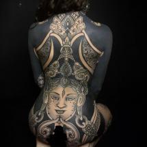 Tatuaż całego ciała