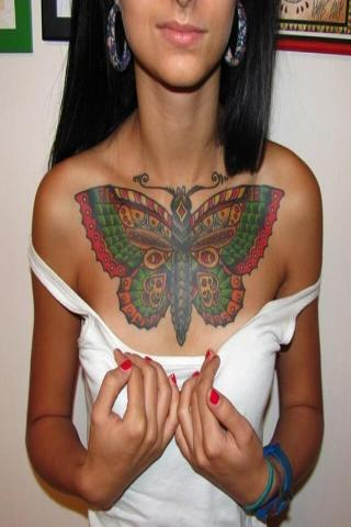 Damski tatuaż duży motyl