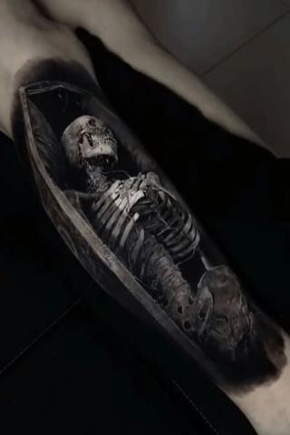 Kościotrup tatuaż