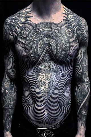 Męski tatuaż duży