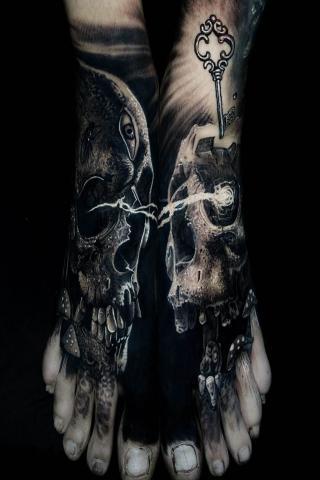 Męskie tatuaże na stopach
