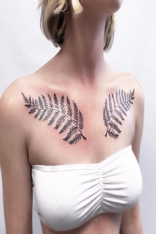 Pomysł na damski tatuaż gałązki