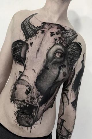 Tatuaż krowa
