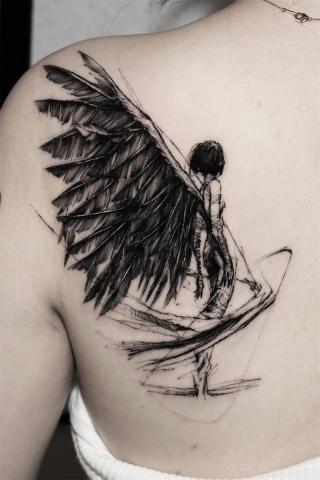Tatuaż skrzydlaty anioł