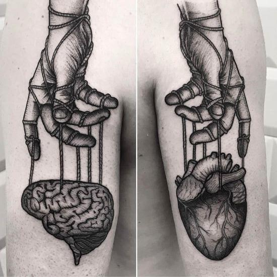 Mózg i serce tatuaże