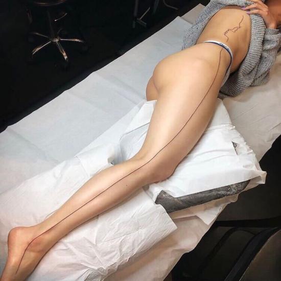 Tatuaż linia cienka