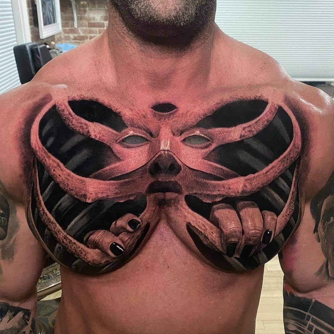 Męski tatuaż